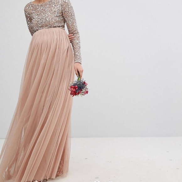 a731c379ff Long Sleeve Sequin Maxi Maternity Dress. M 5a9854ba9cc7efd394082171